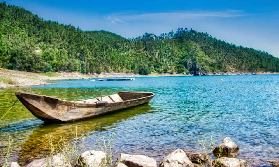 Boat on Castelo de Bode lake