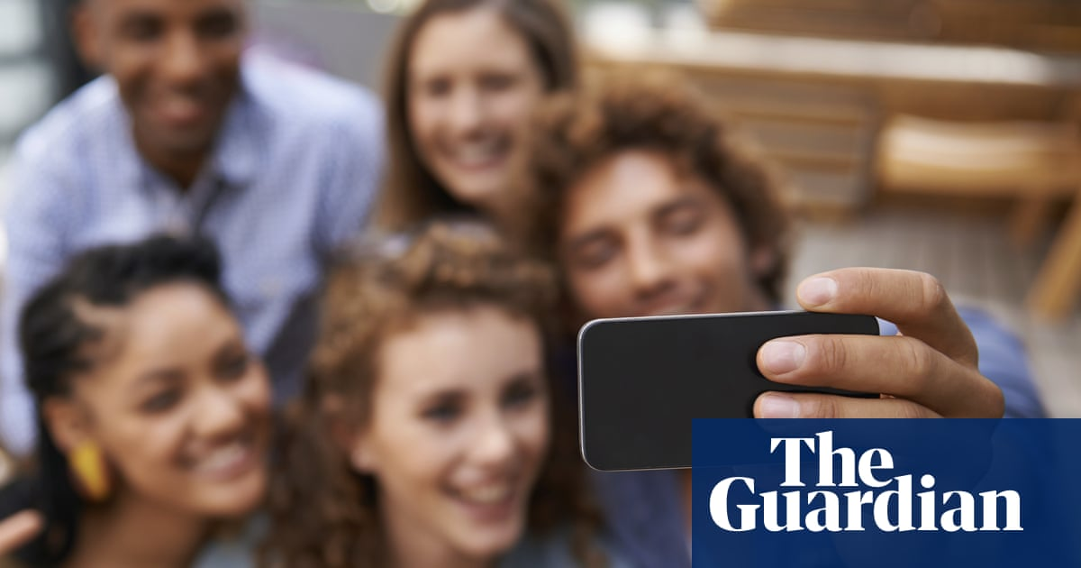 Are you a social media narcissist? Take our quiz | World