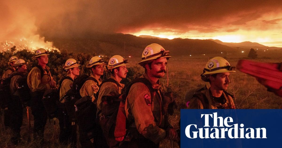 Wildfires burn as heatwave grips US west coast