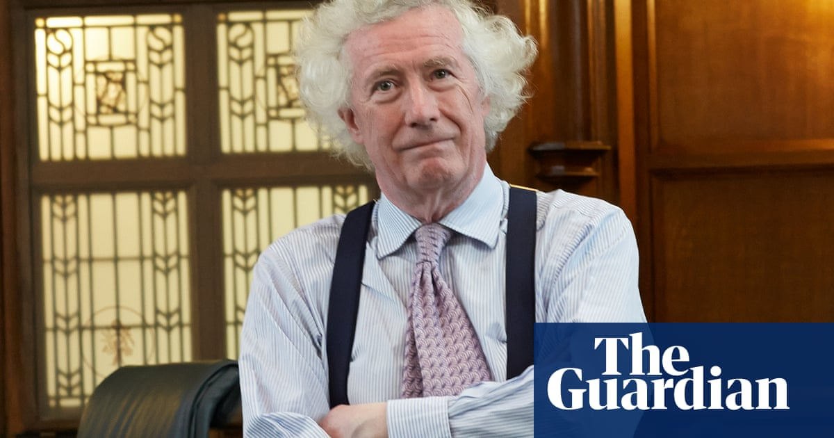 Experts unconvinced by Lord Sumption's lockdown ethics