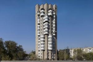 Residential building, 1985, Bishkek, Kyrgyzstan, by B. Lebedev, I. Kombarbayev, A. Nezhurin, M. Baybekov, and Y. Grinshtein