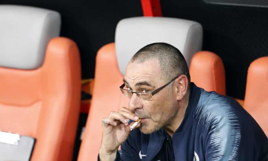Maurizio Sarri celebrates Chelsea's Europa League triumph with a cigarette.