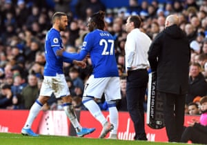 Everton make a substitution.
