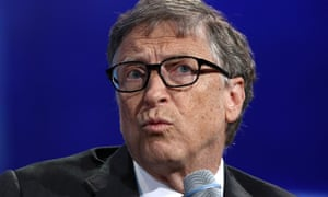 Bill Gates has $1.4bn (£900m) invested in fossil fuel companies through his charitable foundation, figures show.