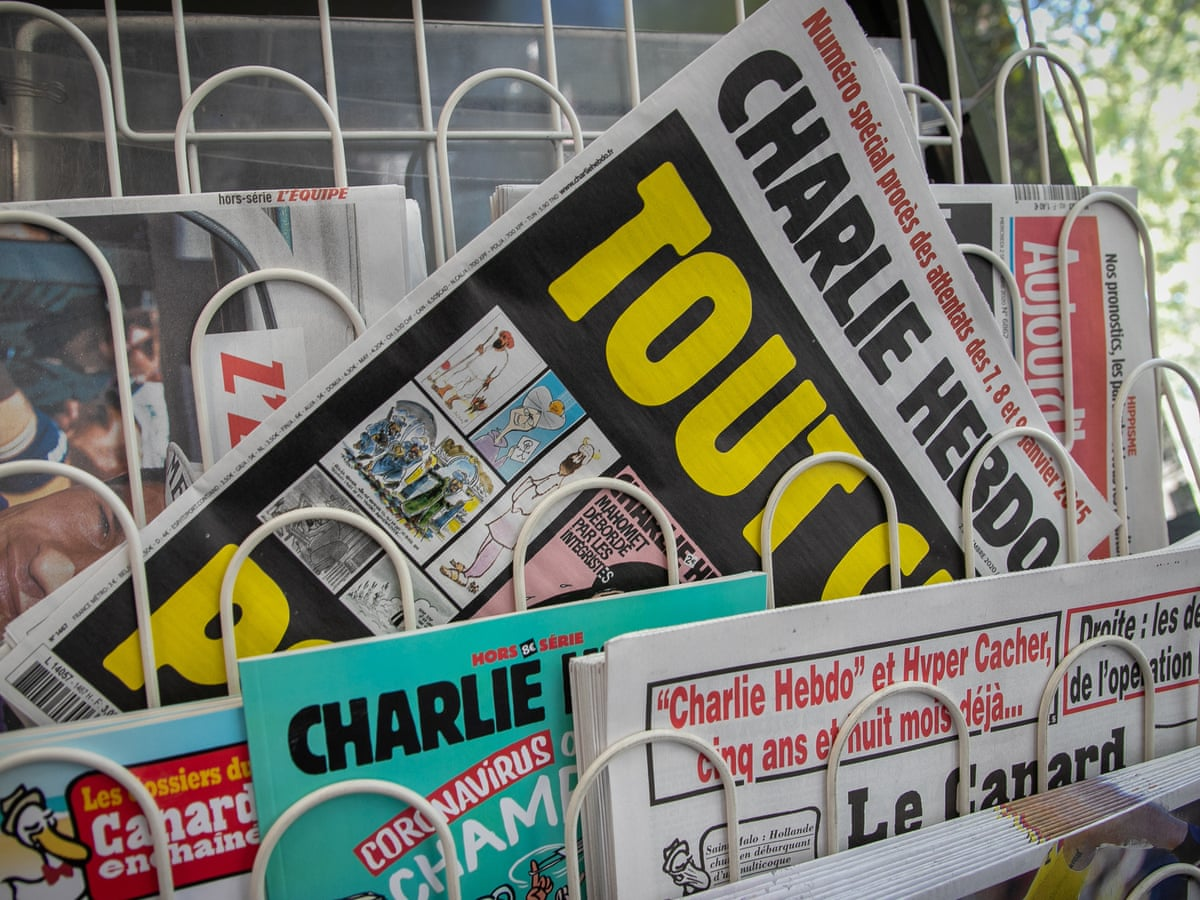French Journalists Unite To Back Charlie Hebdo After Death Threats World News The Guardian