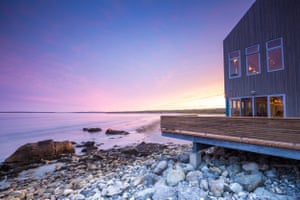 Quarterdeck Beachside Villas and Grill, Liverpool, Nova Scotia.