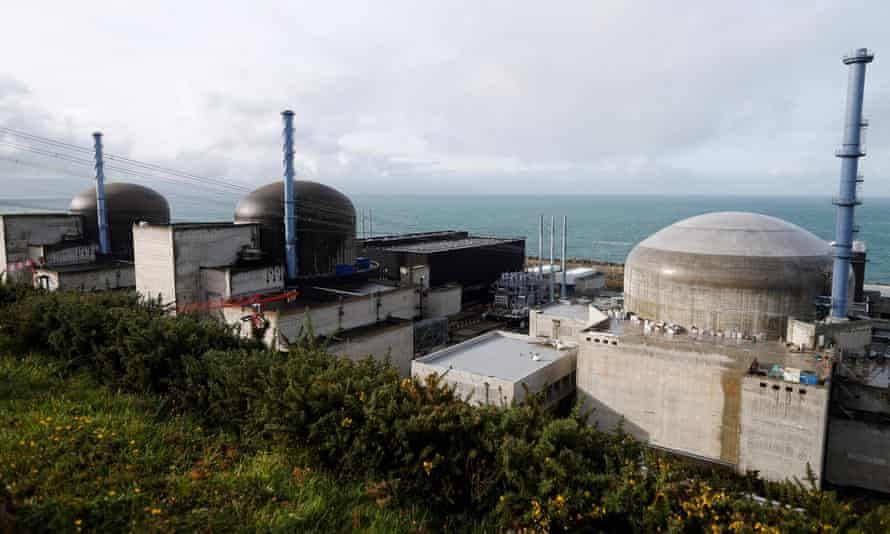 EDF has found welding faults at the Flamanville reactor in France.