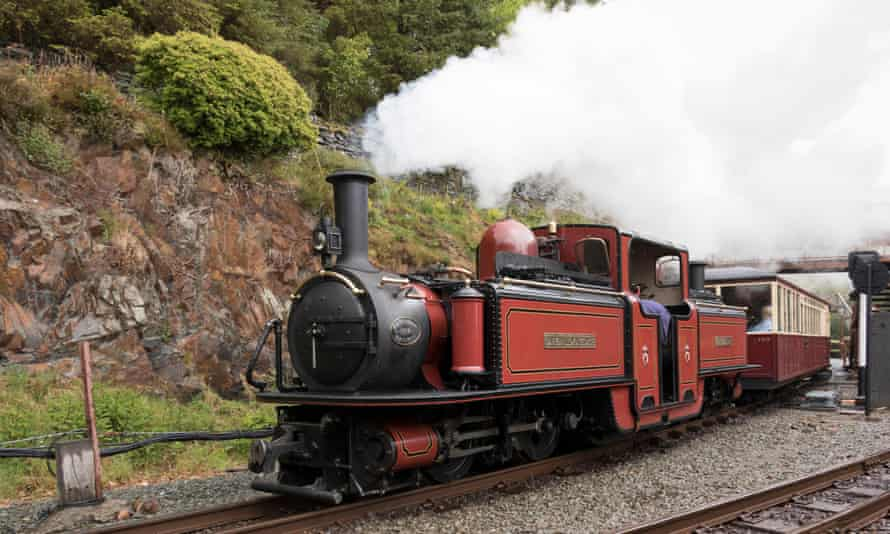 When things are more normal, walkers can take a steam train from Tan-y-Bwlch back up to Blaenau Ffestiniog.