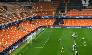 Atalanta's Josip Ilicic scores an early penalty in his side's 4-3 away win against Valencia at an empty Mestalla.