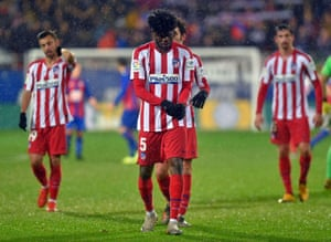 Thomas Partey and dejected teammates after their defeat.