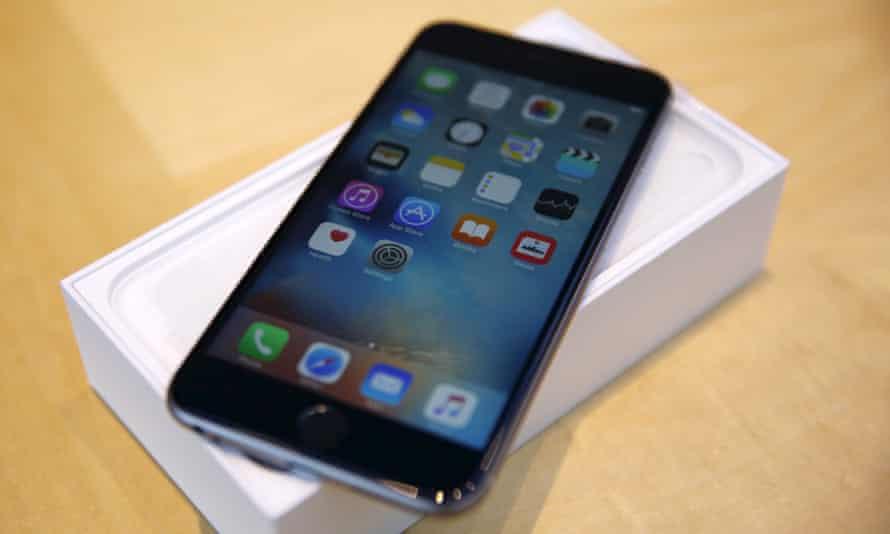 An iPhone 6 displaying iOS 9