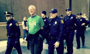 Lakey being arrested in Pittsburgh in 2013, while protesting against the activities of the banking industry.