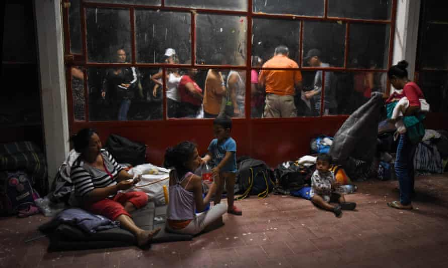 Migrants traveling with the caravan in Matías Romero, Mexico.