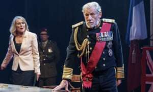 Ian McKellen as Lear, with Sinéad Cusack as Kent, in the Chichester production transferring to the West End.
