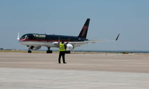 Donald Trump arrives in his personal aircraft to the Laredo, Texas airport on 23 July 2015