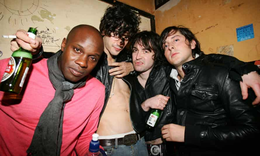 Dirty Pretty Things (Hammond, third from left).