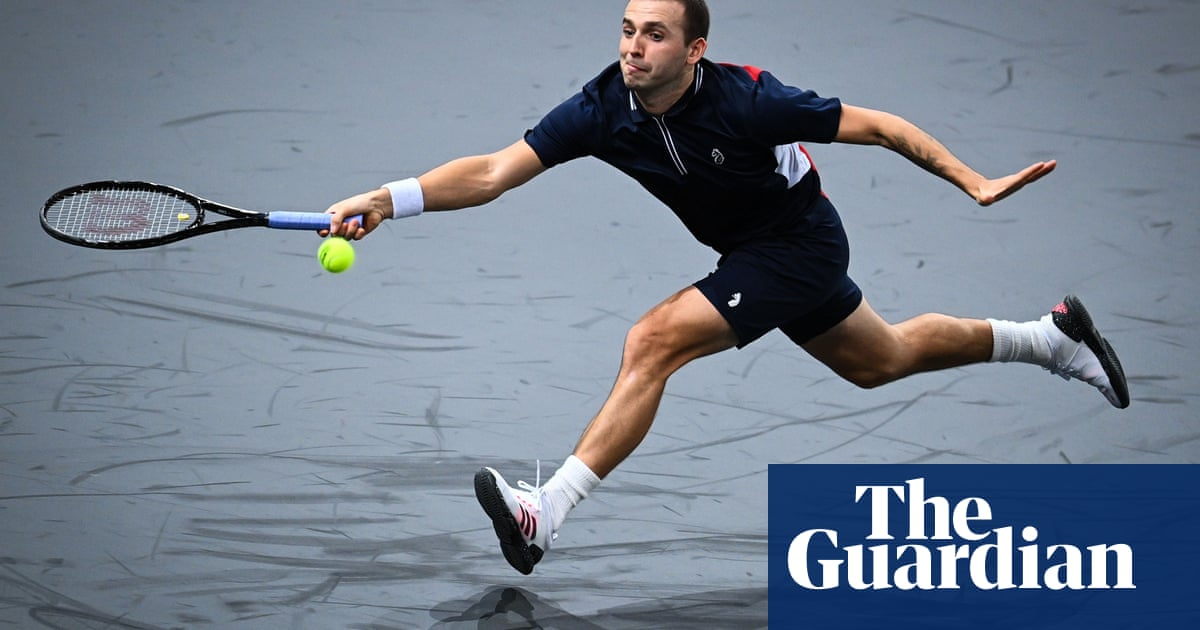 Dan Evans ends season with defeat to clinical Stan Wawrinka at Paris Masters