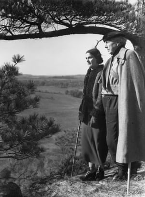 Frank Lloyd Wright and his wife Olgivanna in 1937.