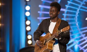 A still from the premiere episode of American Idol, showing contestant Ron Bultongez during his audition.