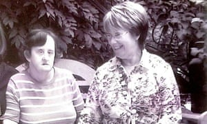 Anne Clifford (L), whose death at Croydon's Mayday hospital was not investigated, and her sister, Monica.