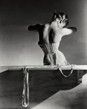 The Mainbocher Corset photograph, taken by Horst P Horst in 1939.