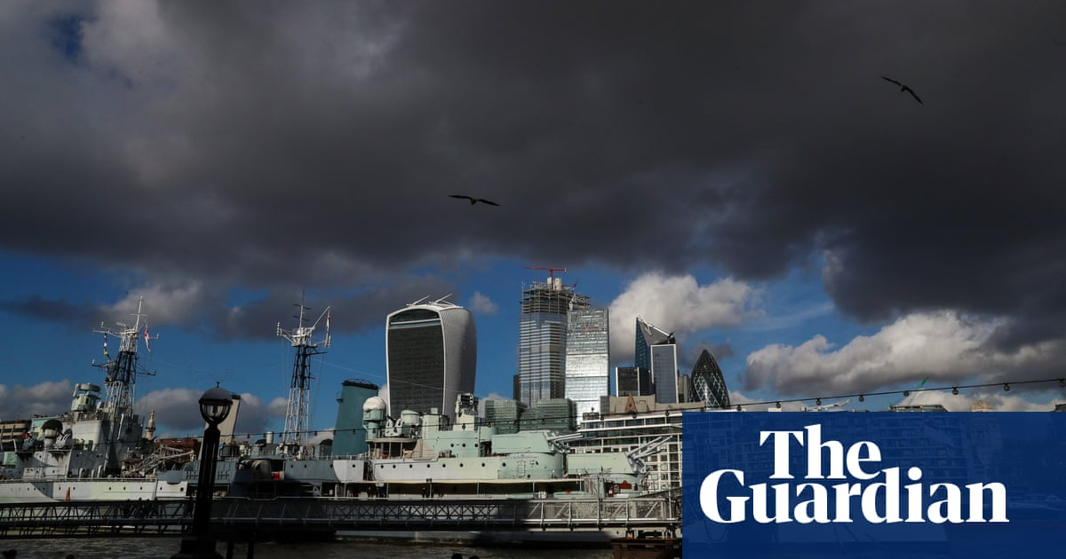 British banks finance 805m tonnes of CO2 production a year
