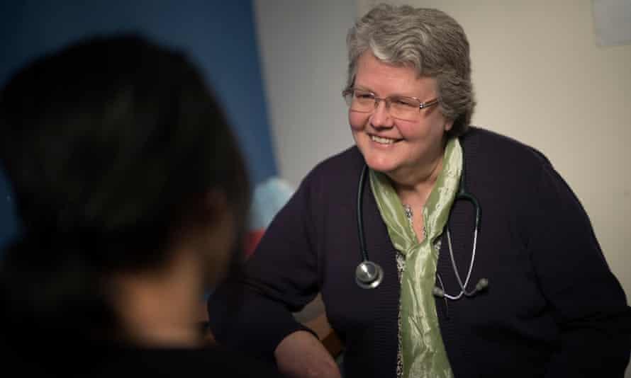 Dr Sarah Pillai