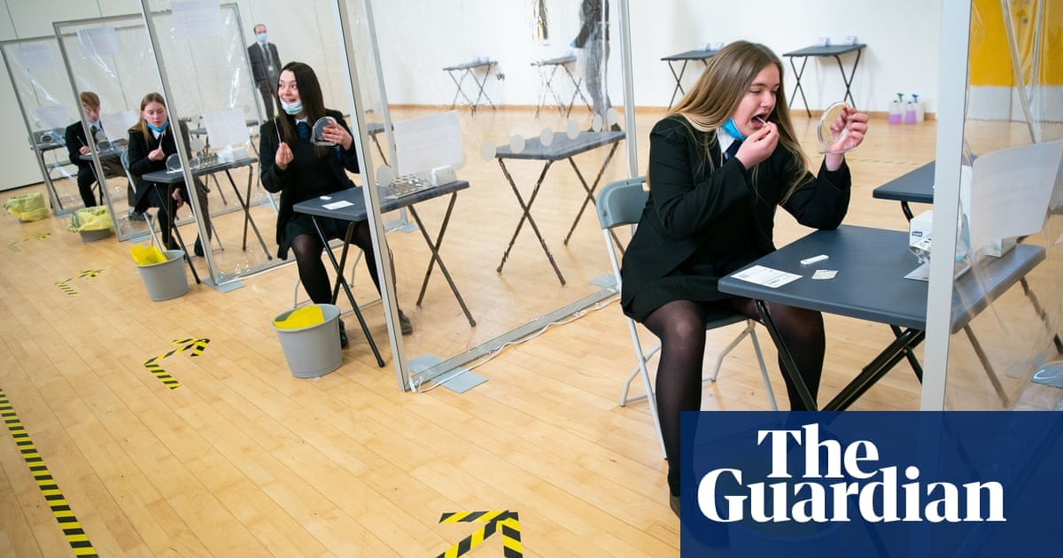 Ministers set to halt plans for daily Covid tests in English schools