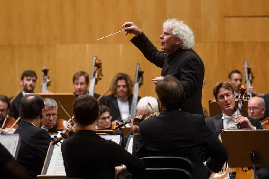 Sir Simon Rattle conducting in 2019.