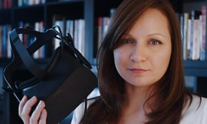 Joanne-Aśka Popińska, a Polish woman living in Canada, has created a virtual reality experience called The Choice.