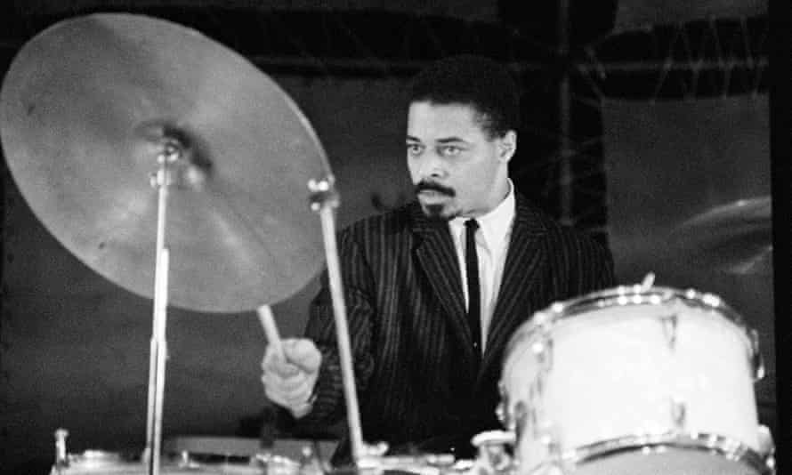 Jimmy Cobb displayed an outstanding flair for responding to the many jazz soloists he performed with.