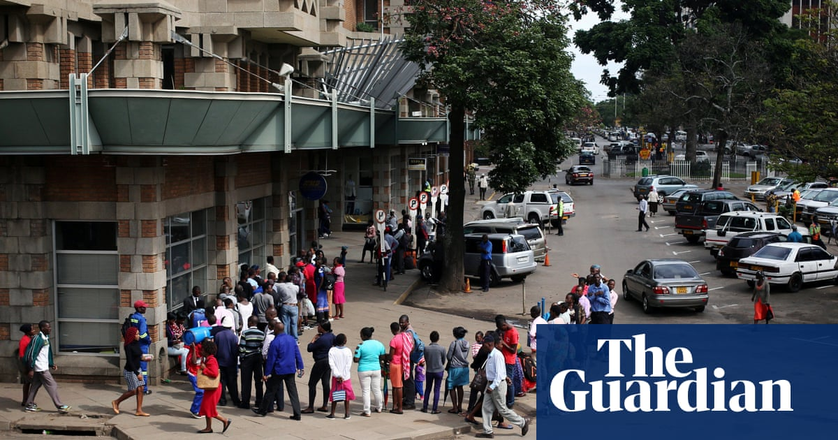 Zimbabwe's economic crisis will deepen without aid, ruling