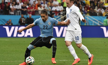 Martín Cáceres signs for Southampton after brother's death delays move