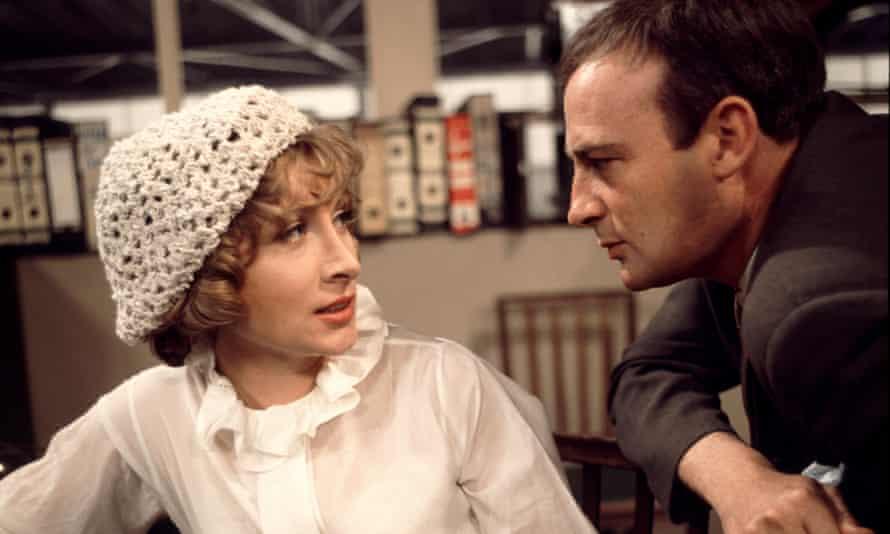 Ann Lynn with Edward Woodward in the television series Callan, 1969