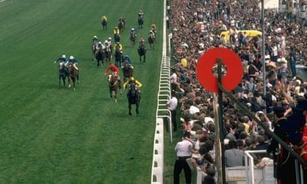 Teenoso wins Derby in 1983