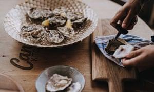 Oysters at Cantina.