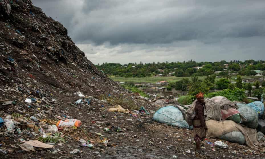 Hulene rubbish dump in Maputo, Mozambique