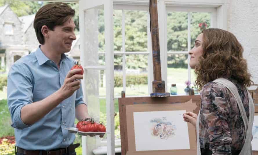 با خوشبختی ازدواج کرد ... توماس (دومنال گلیسون) و بی (رز برن).