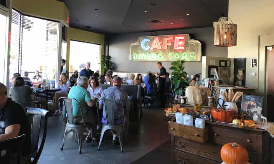 Wilma and Frieda cafe, El Paseo shopping district, Palm Desert, Greater Palm Springs.