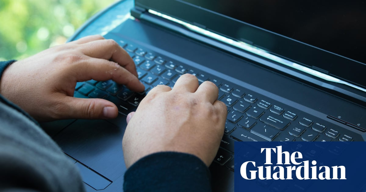 'Less pen and paper': Victoria to digitise Covid contact tracing after federal criticism – The Guardian