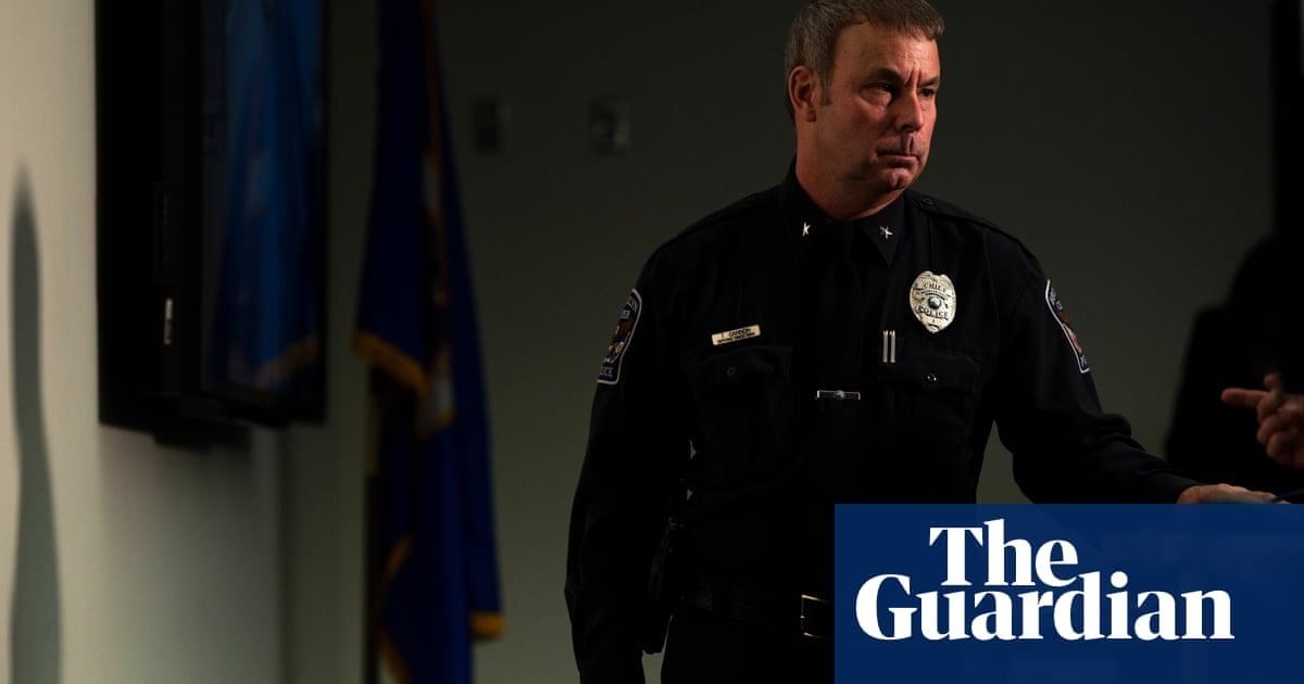Police chief says Minnesota officer mistakenly fired gun instead of Taser – video