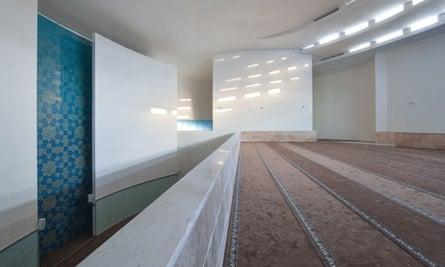 The Vali-e-Asr mosque, 'designed with modesty, simplicity and good faith'.