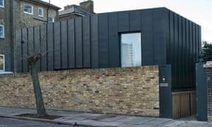 Stark exterior: the zinc-clad corrugated box.