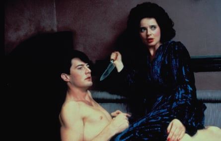 Isabella Rossellini and Kyle MacLachlan in Blue Velvet