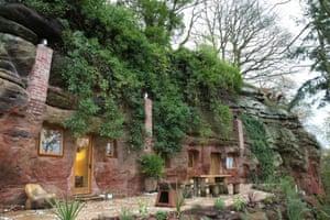 Rockhouse Retreat, Worcester