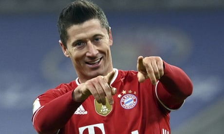 Lewandowski hits hat-trick in Bayern's comeback triumph against Dortmund