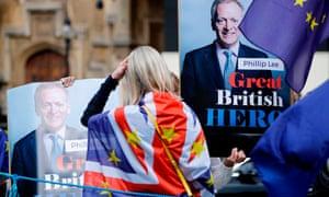Pro-EU demonstrators support former junior justice minister Phillip Lee, who resigned over the vote.