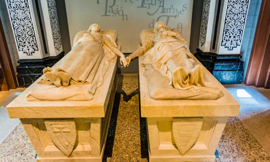 Tombs at the Mausoleum of the Lovers, Teruel.
