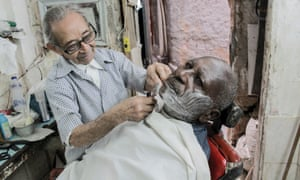 The barber of Turano at work