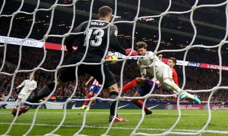 Bloody nose for Sergio Ramos as Real and Atlético draw in Madrid derby
